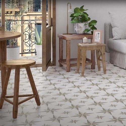 Llanes beige pattern